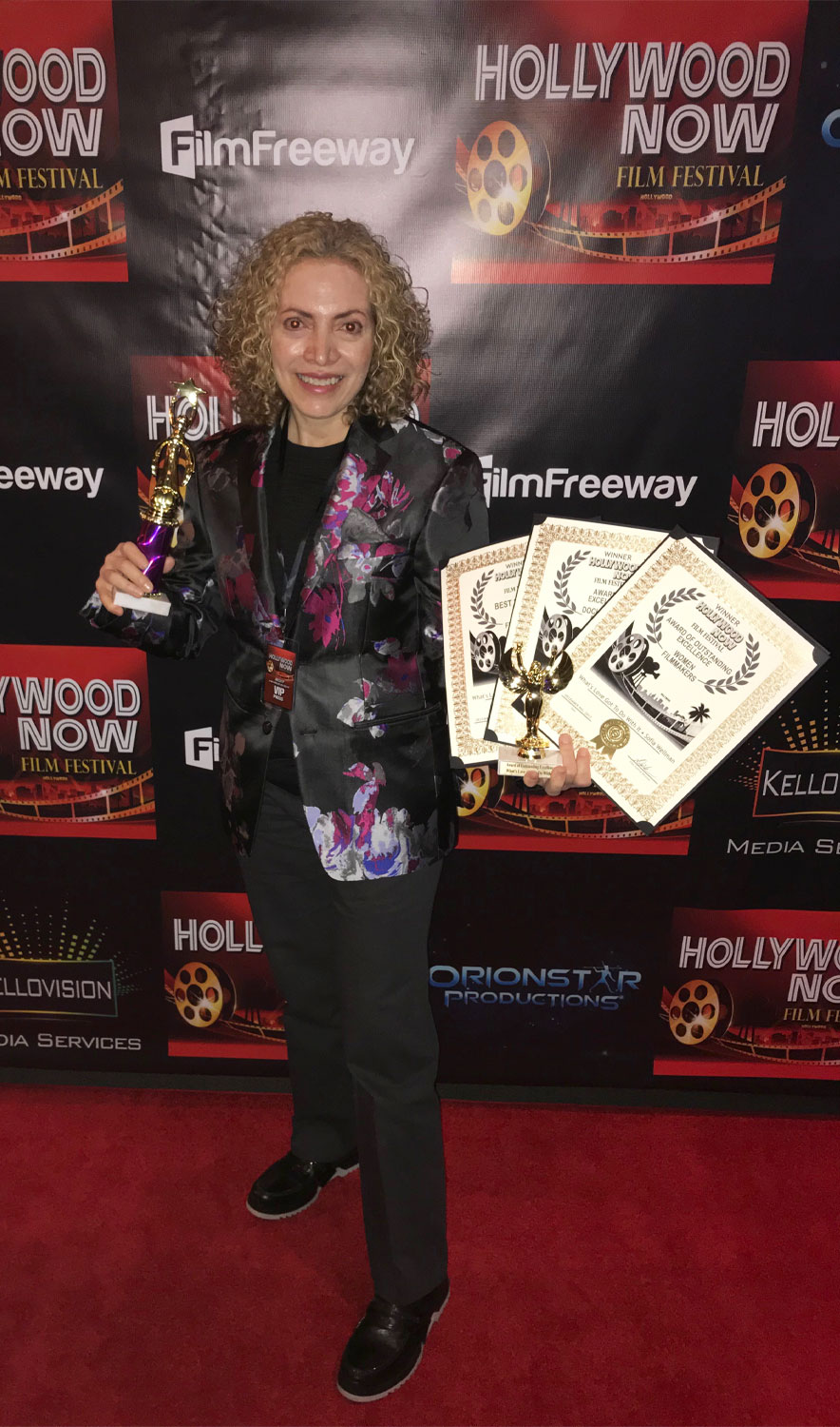 Sofia Wellman - Hollywood Now - Award